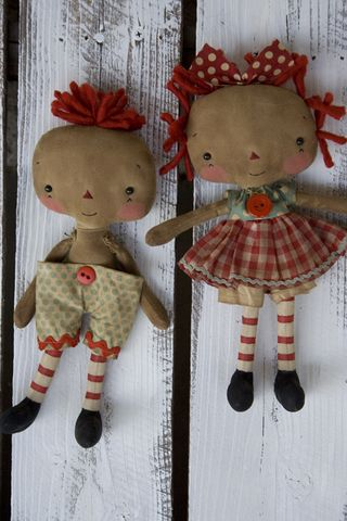 081810 ROA8-06 Itty Bitty Annie Set Red Blue