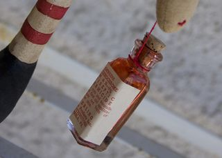 030911 Bella Anne Closeup bottle