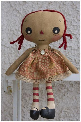 033011 ROA3-25 Lil Girl Annie Floral Dress