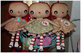 012411 ROA1-16 Valentine Lil Girl Annies