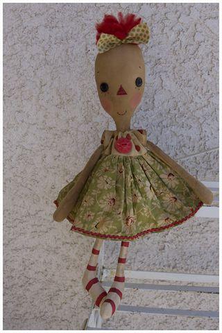 030411 ROA3-03 Long Face Annie Green Floral