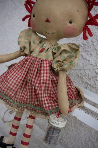 040611 Vintage Glitter Annie