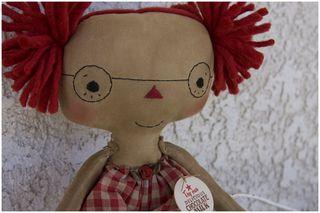 061611 4eyes Lonely Lola closeup