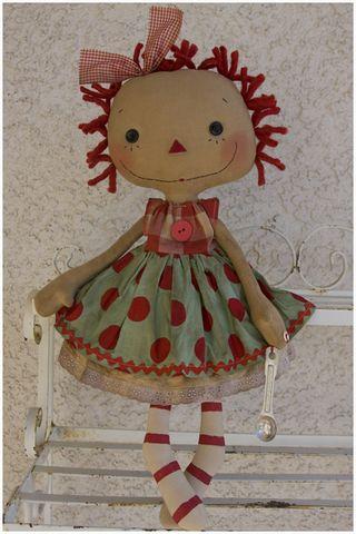 092711 ROA9-39 Polka Dot Emma Lou