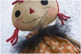 090211 Witchy Poo closeup