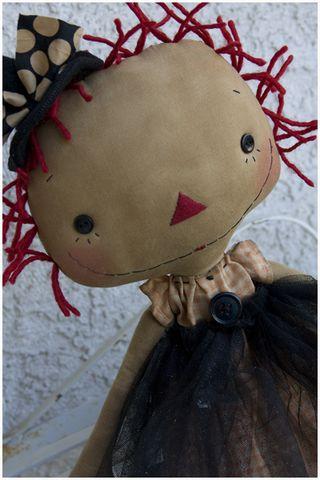 091511 ROA9-17 Witch Emma Lou CloseUp