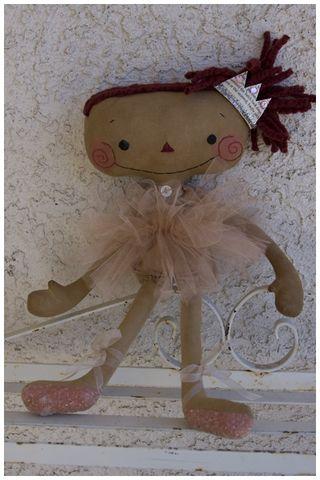 010512 ROA1-01 Ballerina Annie