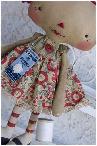 020512 Sewing Maddy Anne Closeup