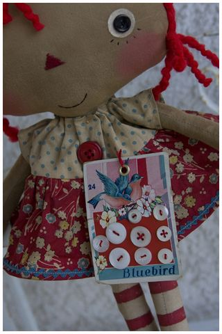 021512 Old buttons Tilda Anne Closeup