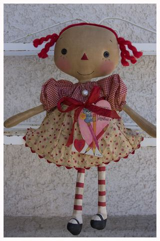 011513 ROA1-13 Vintage Valentine Annie Hearts and Flowers