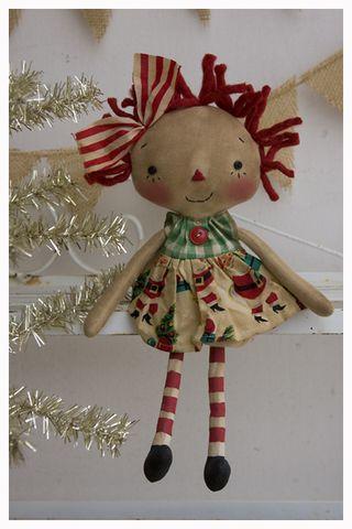 ROA11-02 Tiny Annie Xmas Santa Print