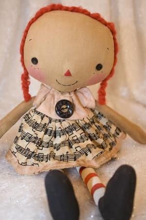 Roa1017_tiny_annie_musical