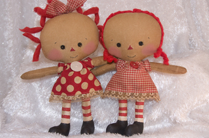 082008_roa823_baby_molly_twins_red_
